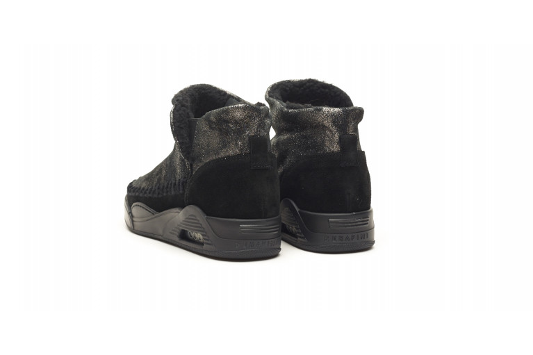 MOON CUT LOW - WIDE PLATED BLACK SUEDE View 3