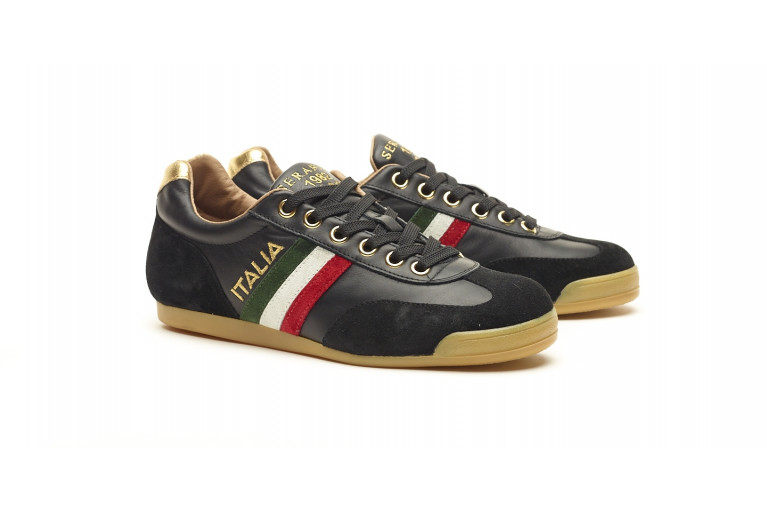 FLAT ITALIA - BLACK & GOLD View 2