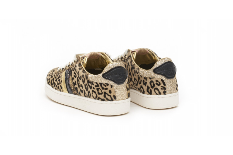 J.CONNORS - SPOTTED LEOPARD View 3